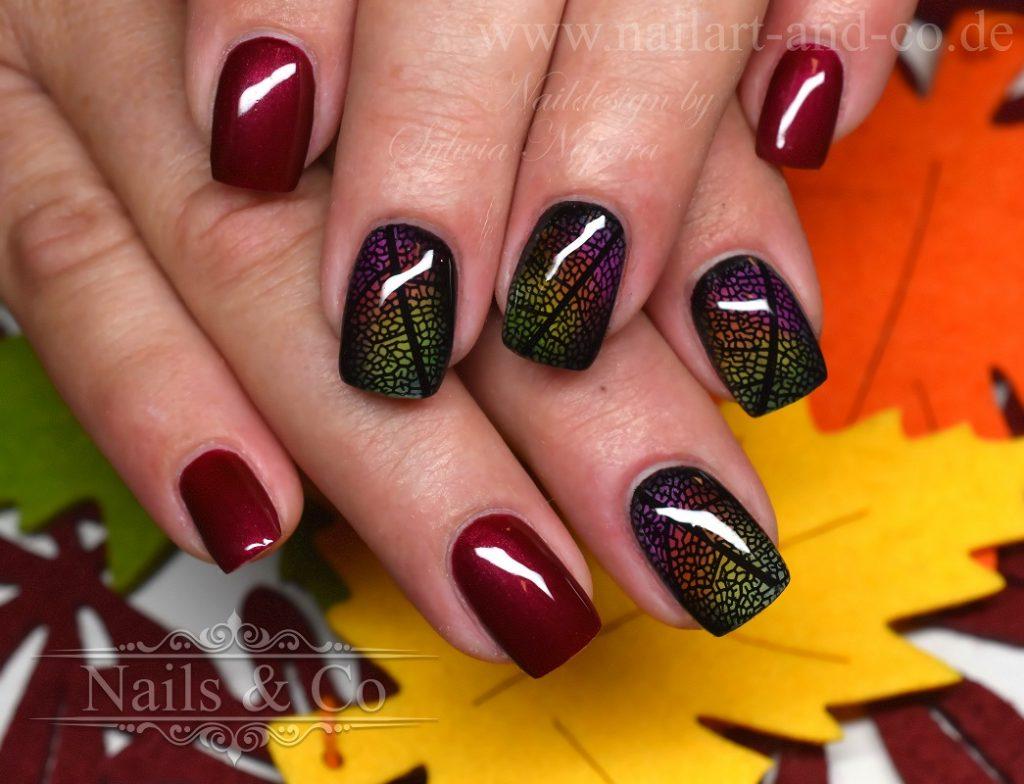 Blätter Nail Art