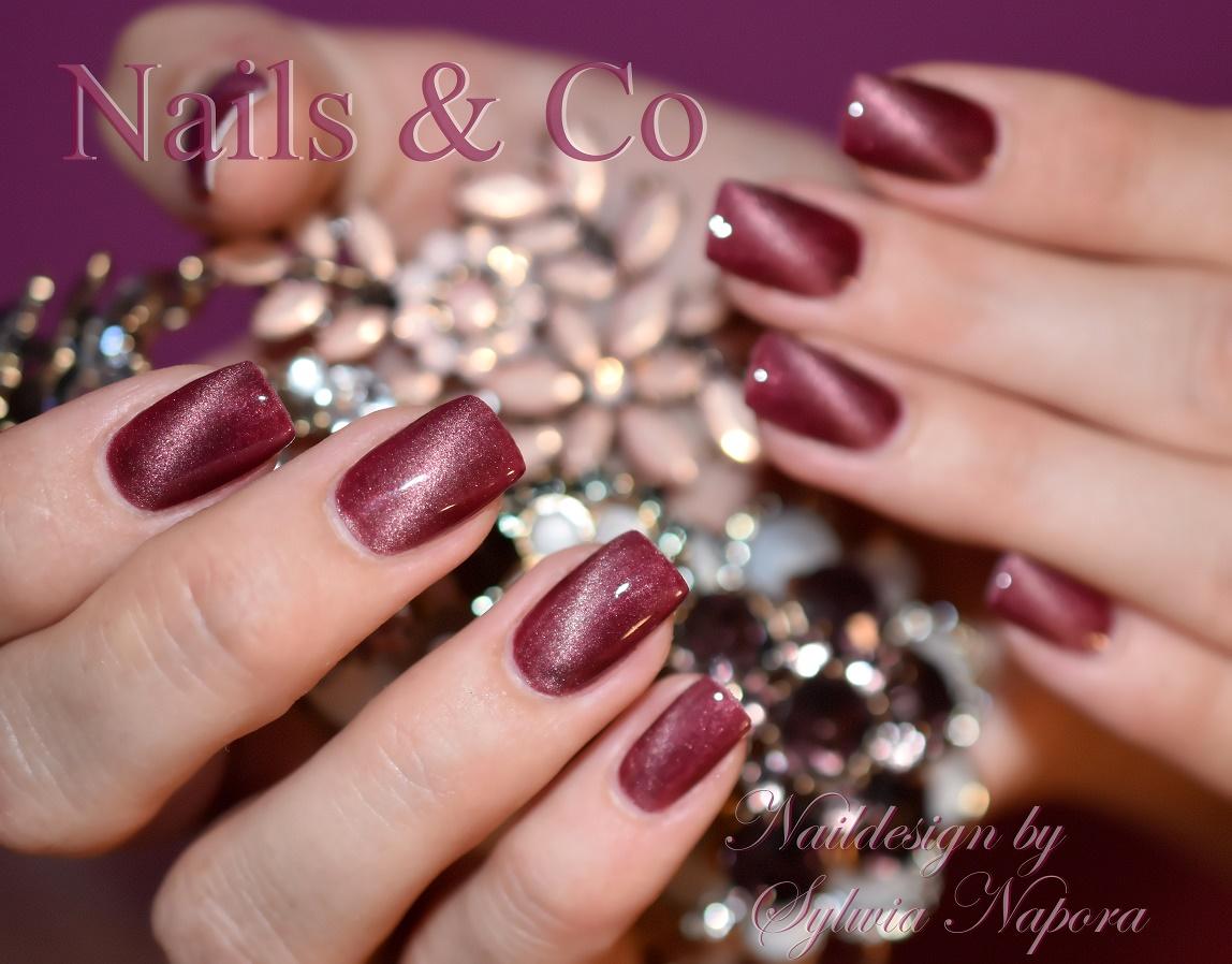 nageldesign farben rose gold chrom nagel wirkung auf rosa farbe spiegel pulver silber shellac. Black Bedroom Furniture Sets. Home Design Ideas