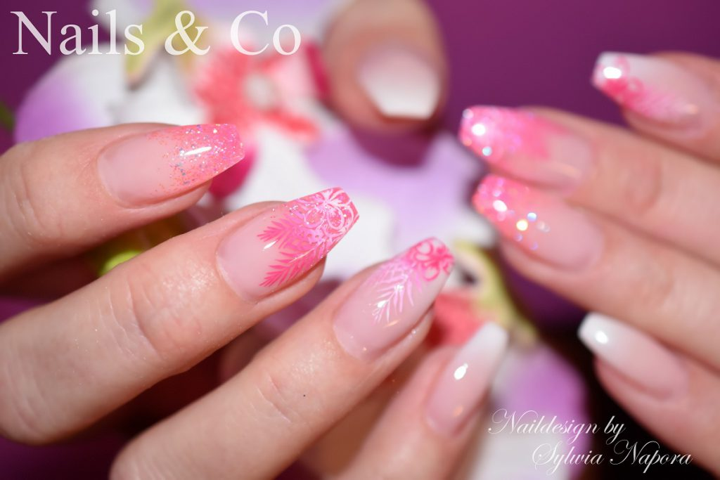 Rora Nail Art Design
