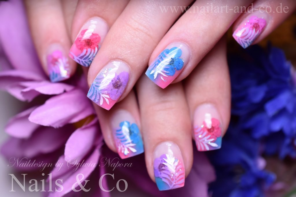 Dry Flower Nail Art Design