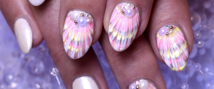 Meeresschätze – Sommer Nail Art mit Muscheln & Co